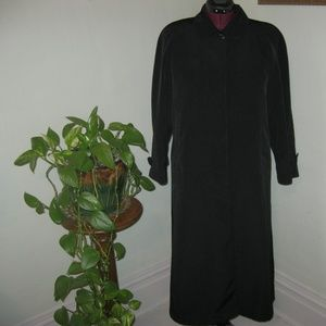Vintage Long Black Coat Size 10P Zip Out Lining